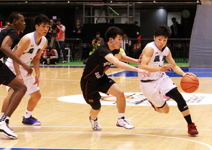 インターハイ準優勝の東山を相手に痛快なバスケットを展開した興南、力を出し切り、胸を張って大会を去る