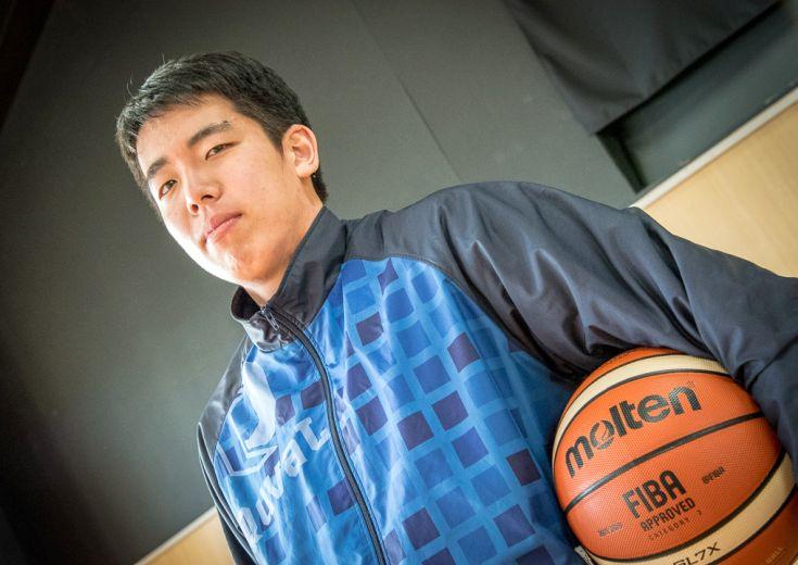 ライジングゼファー福岡とU-22日本代表で、『卒業の春』に経験を積む井上宗一郎