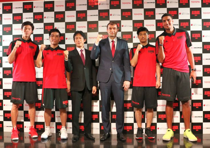 アルバルク東京が新体制発表会見「最後の勝負どころで力を発揮できるチーム」に