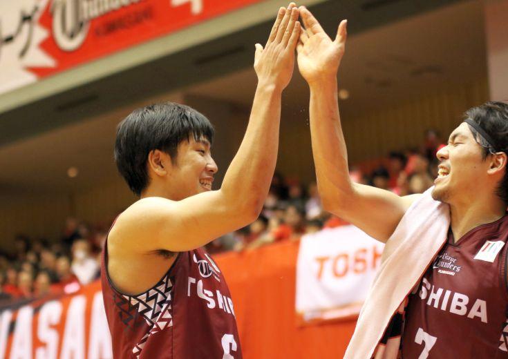 川崎ブレイブサンダースのルーキー小澤智将、『九州のローカルスター』は『次代のエースキラー』としてBリーグで大活躍