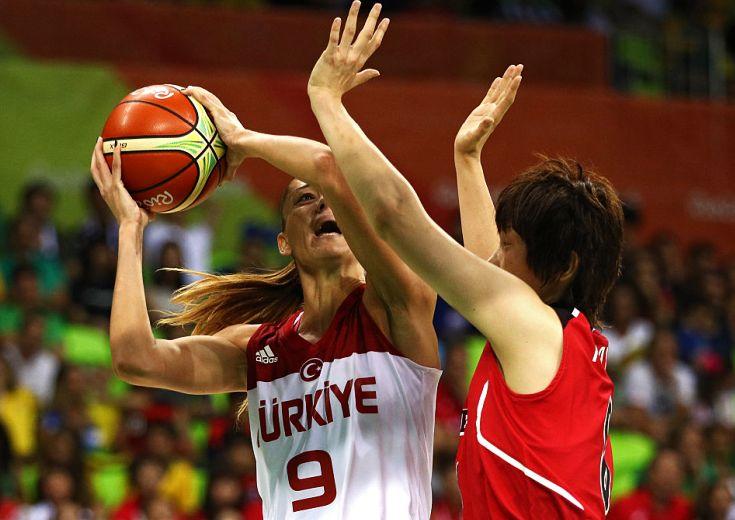 トルコに食い下がるも及ばず、五輪初黒星を喫した女子バスケ日本代表選手の寸評