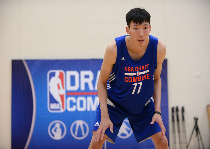 NBAドラフトにエントリーしている中国のジョウ・ジーに年齢詐称疑惑