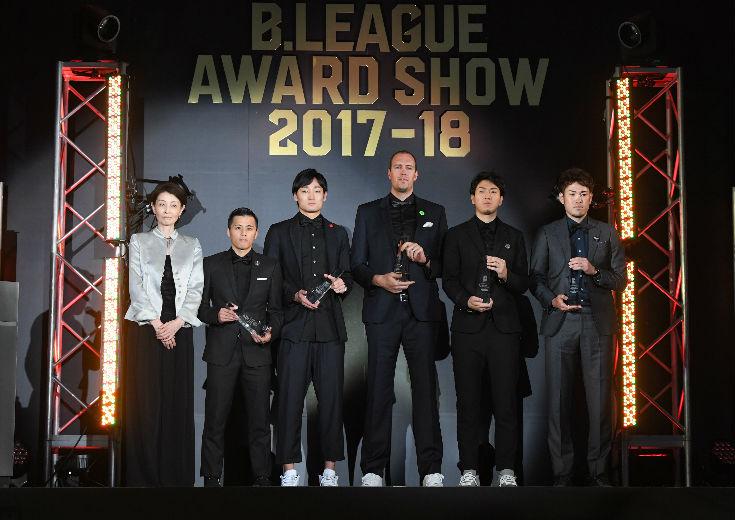 『B.LEAGUE AWARD SHOW2017-18』、MVP受賞の比江島慎「ワクワクするようなプレーを、続けていきます」