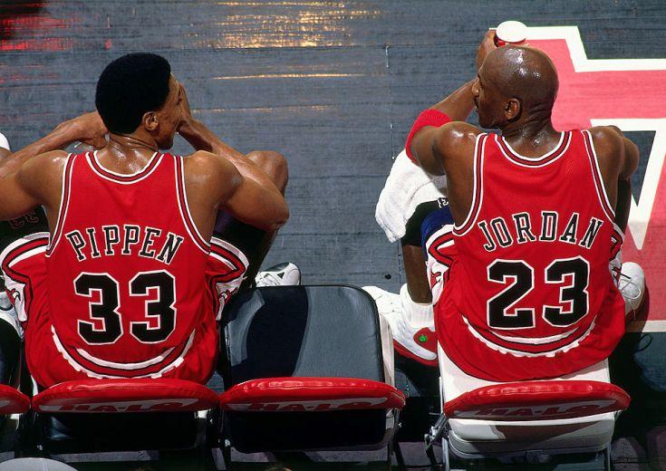 ブルズは『赤』のイメージを強調、新シーズンからホームでも赤のジャージーを着用