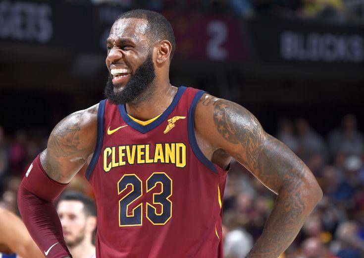 レブロンが『神様』ジョーダン超え、NBA歴代1位の876試合連続2桁得点記録を達成