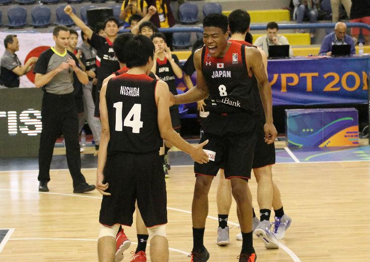 八村&シェーファーのツインタワーが躍動、最終クォーターで30-6と圧倒したU-19日本代表が韓国に大逆転勝利!