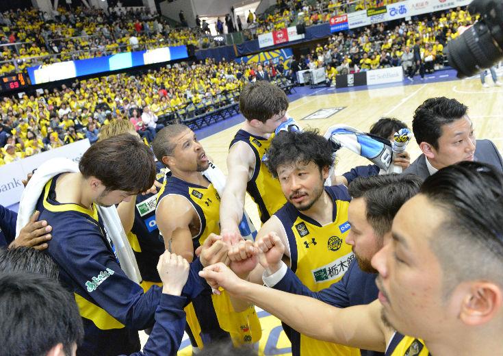 リーグ最強のオフェンスリバウンドにモノを言わせた栃木ブレックスが富山に連勝