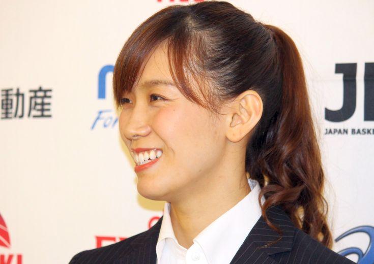 アジアカップ決勝、7本の3ポイントシュートで日本に優勝をもたらした水島沙紀「自分の中で一歩一歩成長していく」