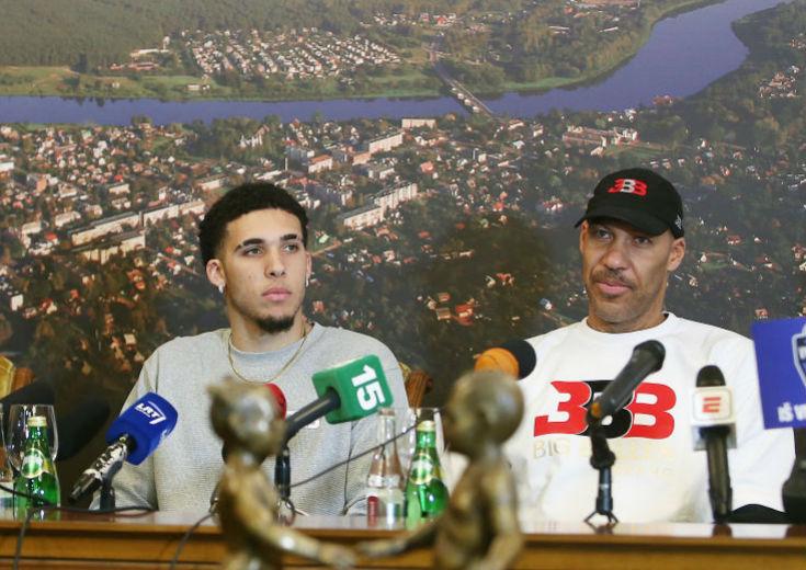 ラバー・ボールの強硬手段「リアンジェロと契約しないならロンゾは再契約しない」