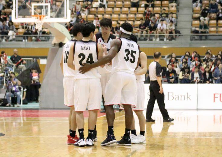 東アジア選手権が開幕、日本代表は韓国の若さと積極性に苦戦するも、最後は富樫勇樹に託した『一発』で勝利をつかみ取る